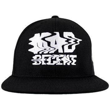 Mad Decent: Trippy Snapback - Black