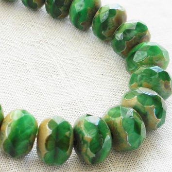 Lot of 30 6 x 9mm Czech opaque green picasso faceted puffy rondelle beads, Czech glass rondelles 47101