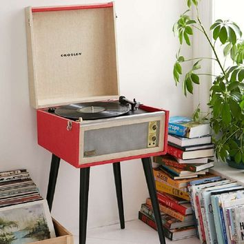 Crosley Retro 1960's Dansette Bermuda Turntable (Red)