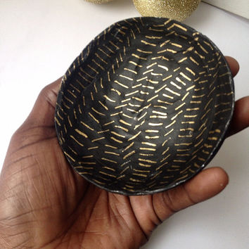 Modern Jewelry Dish/Black and Gold Jewelry Dish