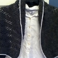 Lacy Wrap in Black, Brown, and White Thread