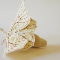 Soft Sculpture Silkmoth Brooch Bombyx Mori / Made to Order