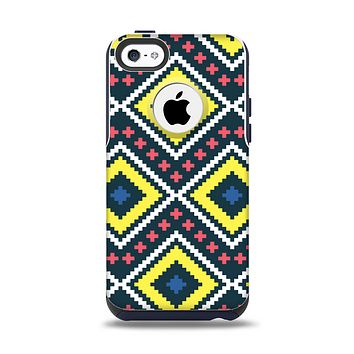The Gold & Black Vector Plaid Apple iPhone 5c Otterbox Commuter Case Skin Set