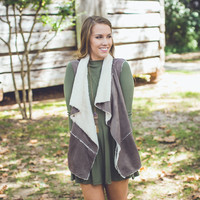 Marshmallow Vest in Taupe