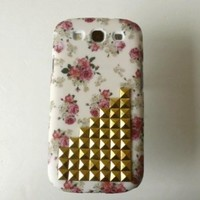 niceEshop Fashion Vintage Floral Golden Punk Spikes and Studs Rivet Case Cover For Samsung Galaxy S3 i9300 +Screen Protector