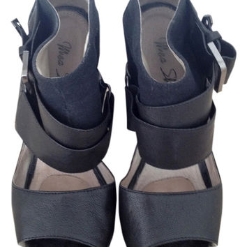 Mea Shadow Medea Wedge Heel Size Us 7 240 Converse $190 Black Sandals Shoes (Small/Indie Brands)