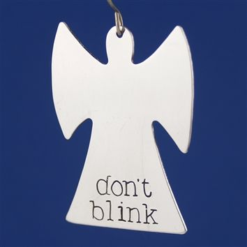 Don't Blink - Weeping Angel Ornament- Spiffing Jewelry