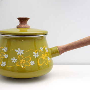 Vintage 1970s Green Fondue Pot  Flower Power par RetroCalling