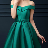 Green Off Shoulder Bowknot Waist Lacing Back Prom Skater Dress