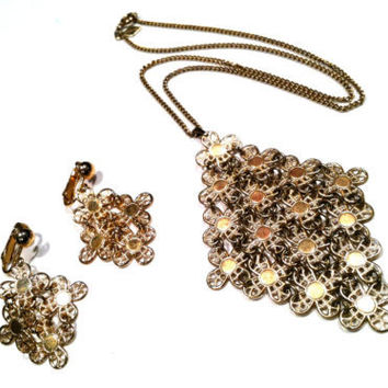 Golden Demi Parure Set by Sarah Coventry Necklace Pendant Earrings Costume Vintage Jewelry