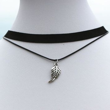 N913 Punk 90's Necklaces For Women Black Velvet Feather Leaft Choker Necklace Gothic Handmade Jewelry Statement Multilayer Colar