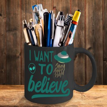 Alien coffee mug black - I want to believe - extra-terrestrial gift