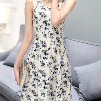 Casual Cute Round Neck Tiny Flower Printed Skater Dress