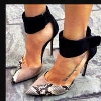 Hot style matching color hollow stiletto heel with versatile pointed women's shoes