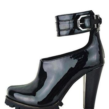 Lug Bottom Chunky Water Heels