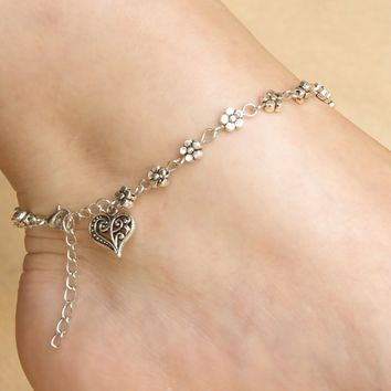 Tribal Silver Heart-Shaped Anklet B007631