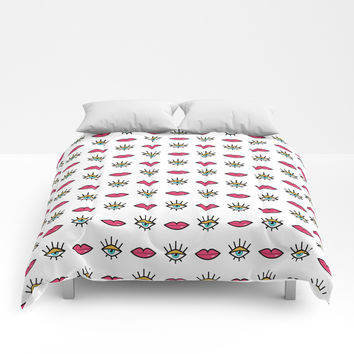 Eyes & Lips Comforters by anertek