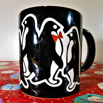 Very Unique Waechtersbach Christmas Penguin Mug, Black Waechtersbach Germany Christmas Mug, Waechtersbach Penguin Coffee Cup