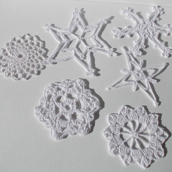 Crochet Snowflakes, Christmas ornament, Set of 6 Snowflakes, Crochet Christmas decor, Wedding decors, appliques snowflakes, (Ready to ship)