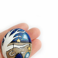 Starry night magnet, blue and gold house handpainted on stone, gift idea for dreamers