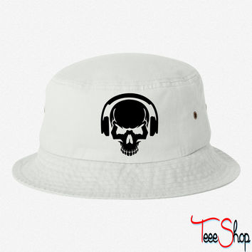 DJ 2 bucket hat