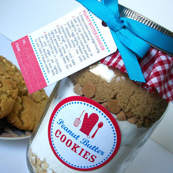 Cookie Jar Decorations Peanut Butter Cookie recipe with ribbon, cloth topper, labels, and gift tags