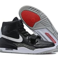 Air Jordan Legacy 312 NRG - Black/White