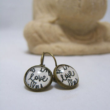 LOVE Earrings ~ Black & White LOVE ~ Spring print ~ Glass Dome Earrings ~ 12 mm ~ Bronze ~ Leverback ~ Glass Dome ~ Picture ~ Glass Cabochon