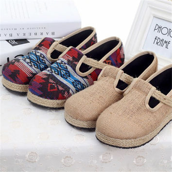 Round-toe Embroidery Shoes [9257114316]