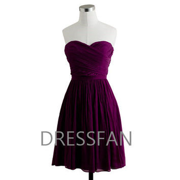 Bridesmaid dress/knee-length/straple­ss/sheath column/plum/eggplant purple/wedding/party/home­coming