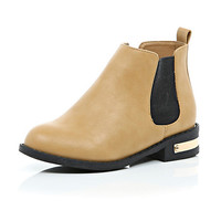 River Island Girls tan gold detail chelsea boot