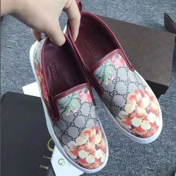 Gucci Flowers Design Loafer Shoes Flat Casual Shoes1