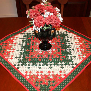 Quilted Christmas Wall Hanging or Table Topper Quilt