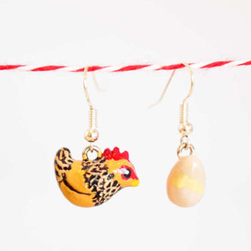 Chicken Earring Buff Sussex Farm Animal Polymer Clay Handmade Jewelry Bird Unique Gift Cute OOAK Art Hand painted Charm Totem Rustic Hen Egg