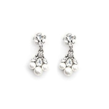 CREYON TRIPLE PEARL DROP EARRINGS