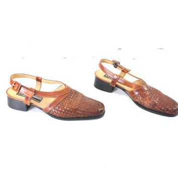 WOVEN leather slingbacks VINTAGE mule sandals caramel leather woven chunk heel closed toe sandals