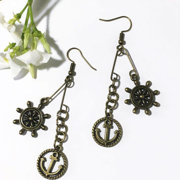 Antique bronze nautical earrings. Anchor. Ship wheel pendant. Handmade jewelry. Lightweight earrings. Steampunk jewelry Deep sea ocean charm