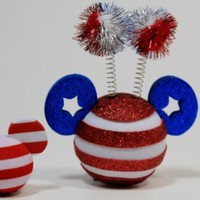 """Disney Parks Mickey Mouse """"USA Flag"""" Antenna Topper & Mini Key Chain - Disney Parks Exclusive & Limited Availability + Colored Belt Clip Key Chain Included"""