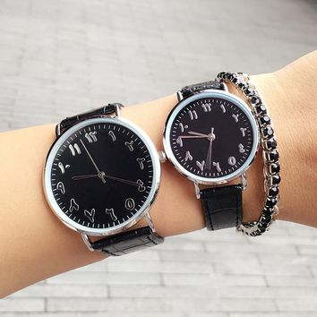 New Fashion Lover Couple Watches Men Women Quartz Clock Waterproof Unique Scale Leather Watch BGG Brand Black White Wrsitwatches