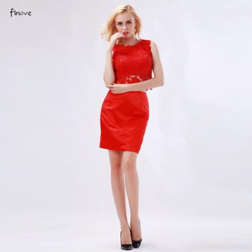 Elegant Lace Red Bridesmaid Dresses Sexy Hollow Out Two-Piece New Sleeveless O-Neck Beading Modern Short Dresses