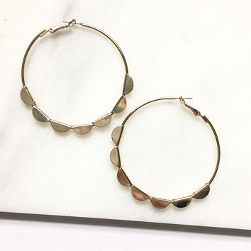 Scalloped Hoop Earrings