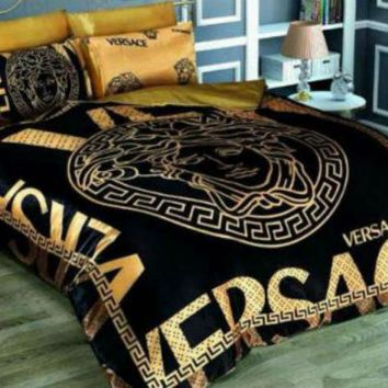 Versace Bedding Set Gold And Black Medusa Cotton Satin Queen size Luxury Box