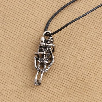 Hot Men Infinity Silver Black Stainless Steel hug Skull Pendant Chain Necklace fine jewelry saleValentine love to death