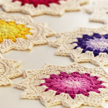 PDF crochet pattern for the sunburst coasters - Bring a little bit of sunshine into your home! - crochet diagram included -