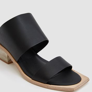 Wal & Pai / Feline Sandal In Black