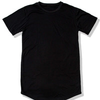 *  Mister Extended Scoop Tee - Black