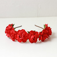 simple red rose headband / Valentines gift, romantic floral headpiece, bridal wedding headpiece, wedding bridal hair accessory