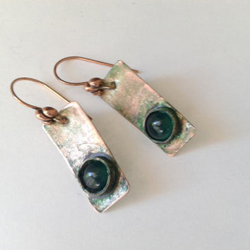 handmade rustic dangle earrings of   green onyx cabochon