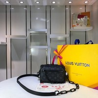 Kuyou Lv Louis Vuitton Fashion Women Men Gb2964 M44480 Mini Soft Trunk Black 18.5x13x8cm