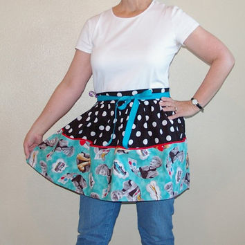 Retro I Love Lucy Half Apron with 4 Pockets